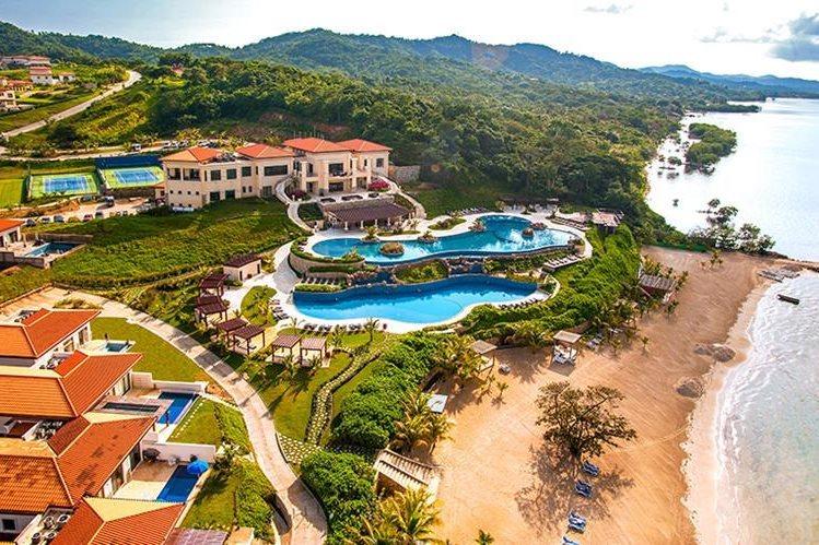 La casa de descanso en Roatán, Honduras, que fue un obsequio para Baldetti. (Foto Prensa Libre: PristineBay.com)