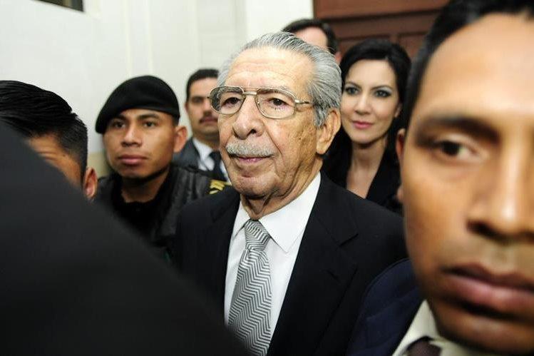 El general retirado José Efraín Ríos Montt es acusado de genocidio. (Foto Prensa Libre: Hemeroteca PL)