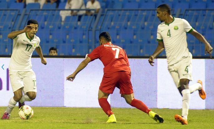 En el partido disputado entre Palestina y Arabia Saudí el pasado 11 de junio, Arabia gano 3-2 a Palestina. (Foto Prensa Libre: Fifa.com)