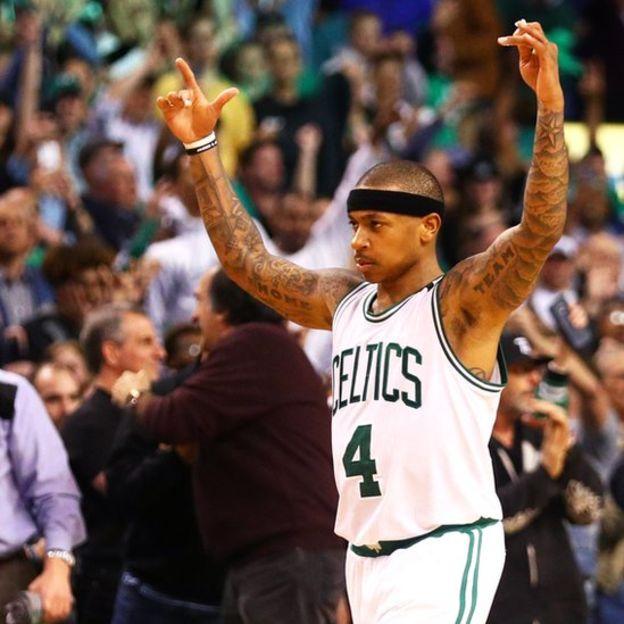 No se habían logrado tantos puntos en un partido de posttemporada de la NBA desde 2003. (Getty)