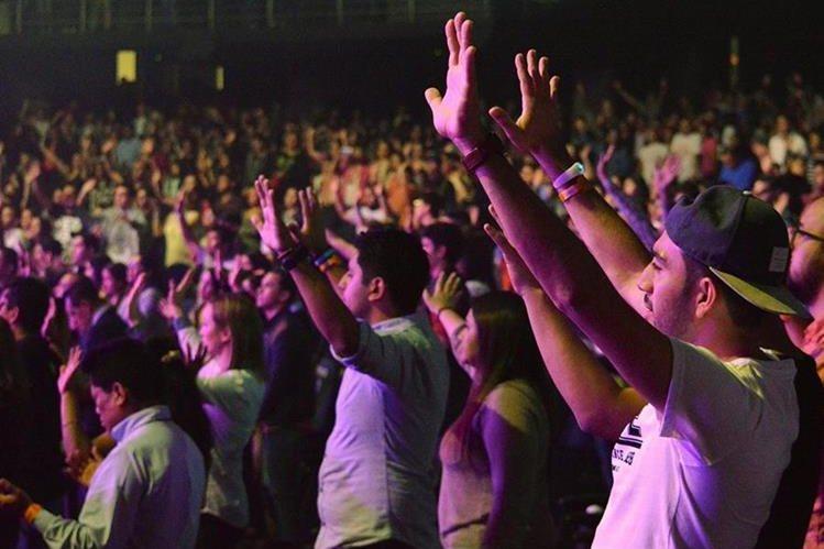 En la Mega Frater de ciudad San Cristóbal miles de jóvenes participan en el festival (Foto Prensa Libre: Facebook Explo Music Fest).