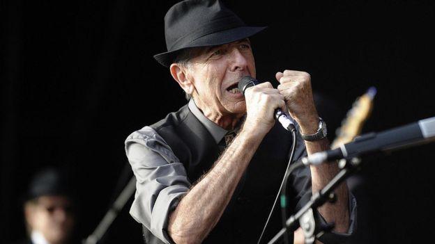 La música de Leonard Cohen cautivó a varias generaciones de oyentes. GETTY IMAGES