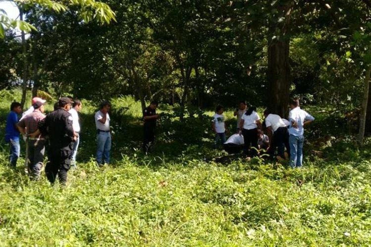 Lugar donde fue herido de bala Claudio Raymundo Nufio, en Santa Elena, Flores, Petén. (Foto Prensa Libre: Manuel Romero).