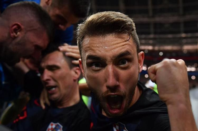 Frente a Yuri Cortez queda grabada la emoción de los croatas del pase a la final del Mundial de Futbol Rusia 2018.