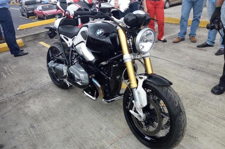 Las motocicletas de diferentes modelos, relacionadas a Juan Carlos Monzón, quien fue secretaria privado de  la exvicepresidenta Roxana Baldetti, tienen medidas cautelares. (Foto, Prensa Libre: MP)