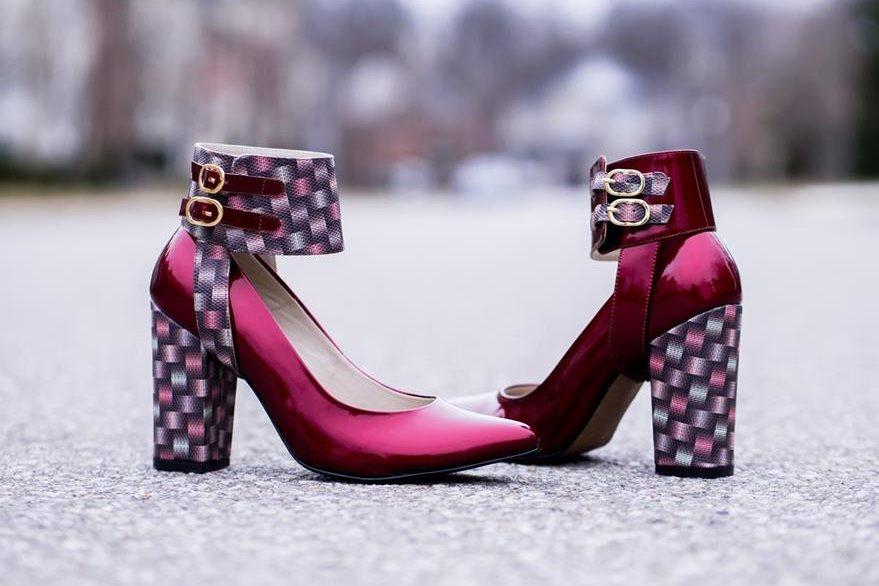 Este es uno de los  zapatos Transitions, en los que se puede agregar una banda  o cincho de tobillo.