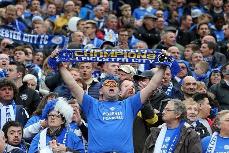 Seguidores del Leicester serán sometidos a un tribunal por gritos homófobos. (Foto Redes Sociales).