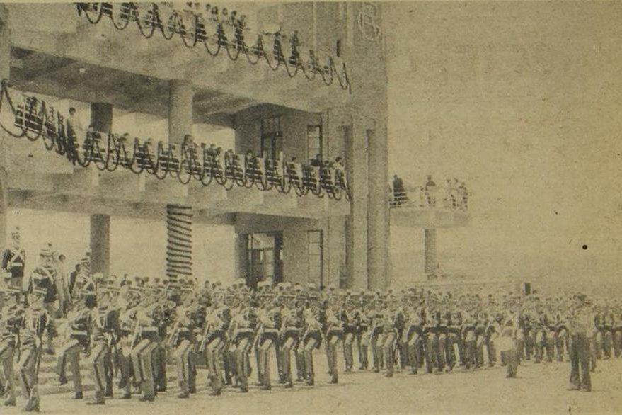 Batallón de caballeros cadetes de la Escuela Politécnica. (Foto: Hemeroteca PL)