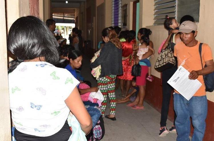 La PDH reforzará las supervisiones en el Hospital Regional de Zacapa. (Foto Prensa Libre: Mario Morales)