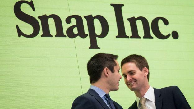 Evan Spiegel y Bobby Murphy, los inventores de Snapchat, tuvieron como primeros inversores a Lightspeed Venture Partners. y la escuela en la que estudiaba uno de los socios de esta firma: Saint Francis High School . (DREW ANGERER)