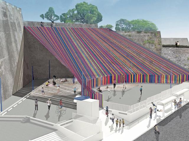 Cintas de tejidos dan vida al concepto de PlayAchomo, en el Teatro Nacional.