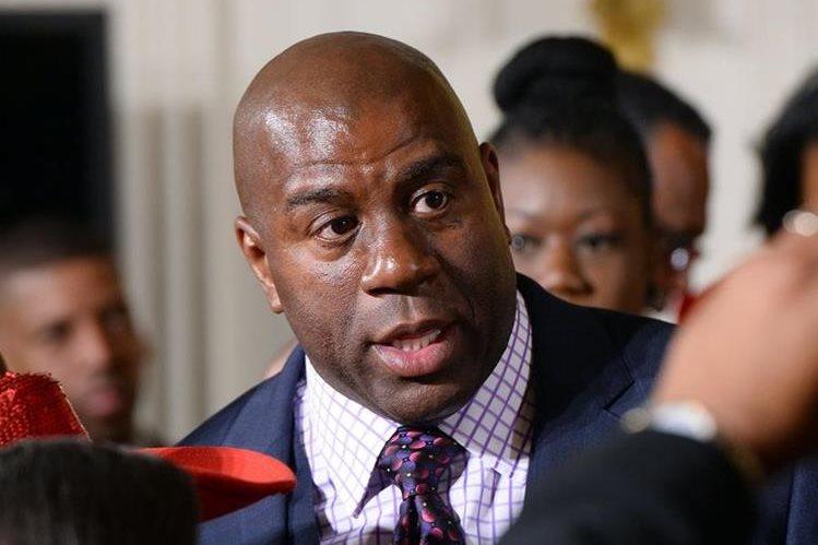 """Earvin """"Magic"""" Johnson quiere aportar su ánimo y experiencia en la candidatura a los Juegos Olímpicos de 2024. (Foto Prensa Libre: Hemeroteca PL)"""
