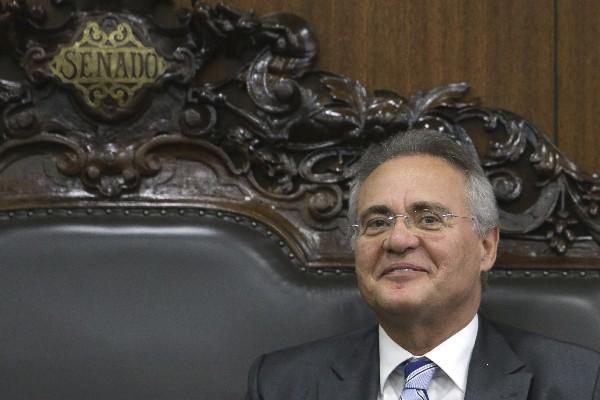 Renan Calheiros, presidente del Senado de Brasil, asiste a una reunión en el Senado Federal, en Brasilia, Brasil. (AP).