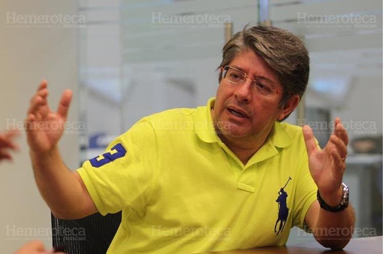 Rolando Torres, director del Instituto de Investigaciones de Ingeniería Matemática y Ciencias Físicas de la Universidad Mariano Gálvez. (Foto: Hemeroteca PL)
