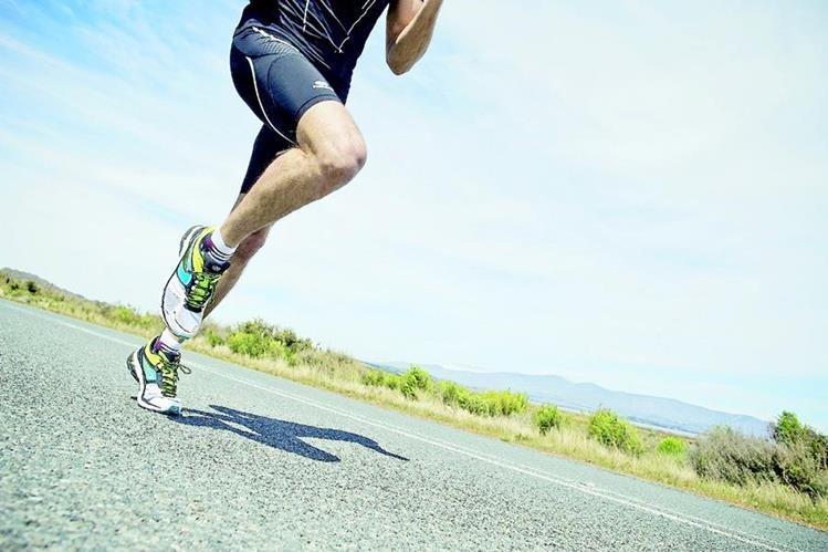 Correr aporta varios beneficios al cuerpo, pero hay que saber hacerlo adecuadamente. (Foto Prensa Libre: Hemeroteca PL)