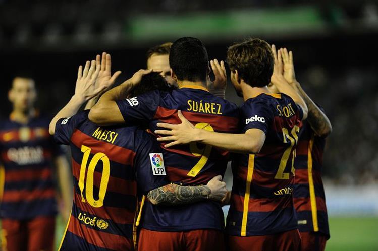 El Barcelona no quiere ceder el título al Atlético o Real Madrid. (Foto Prensa Libre: AFP)