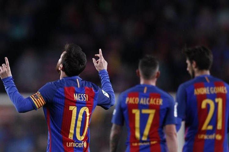 El Baceola venció 7-1 al Osasuna con doblete de Leo Messi en juego de la fecha 34 que se disputó el miércoles último. (Foto Prensa Libre: AP).