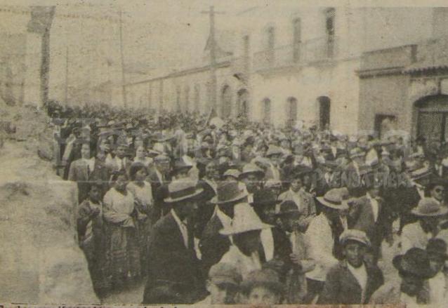 Miles de personas en una acción nunca antes vista en la época marchó para oponerse a la dictadura de 22 años el 11 de marzo de 1920. (Foto: Hemeroteca PL)