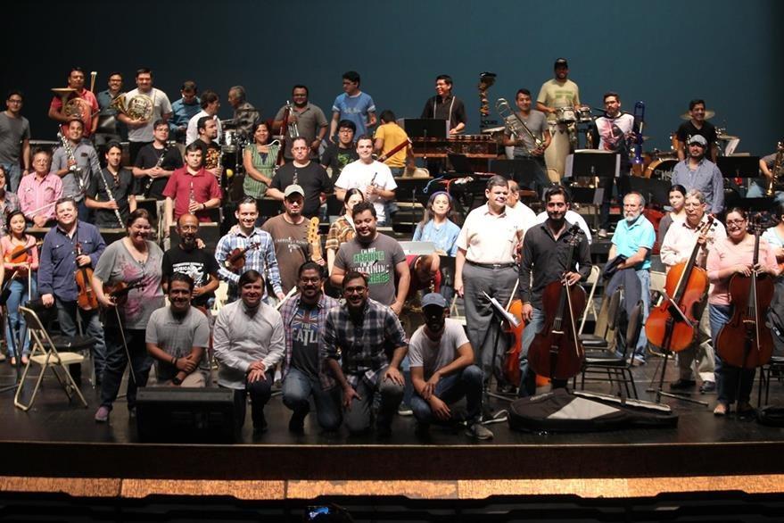En los dos conciertos sinfónicos se presentarán más de 60 músicos. (Foto Prensa Libre: Keneth Cruz)