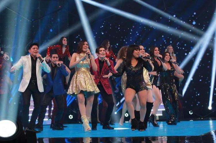 La Academia, donde participa Paola Chuc, pone a prueba a jóvenes cantantes (Foto Prensa Libre: Facebook / La Academia).