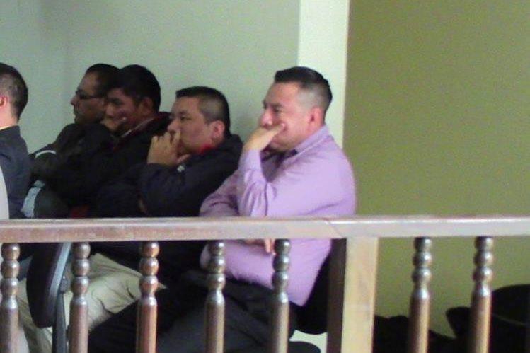Los cuatro sindicados de la muerte de un hombre en Huehuetenango. (Foto Prensa Libre: Mike Castillo).