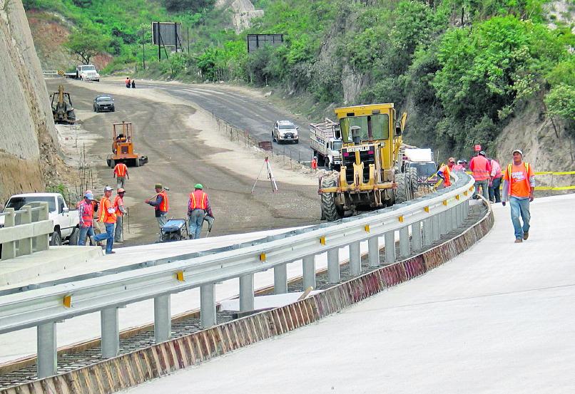 Guatemala pidió apoyo a Taiwán para ampliar carretera El Rancho a Puerto Barrios. (Foto Prensa Libre: Hemeroteca PL)