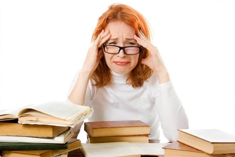 El diccionario es una herramienta de consulta para personas con dificultades de comprensión, al dar definiciones sencillas.