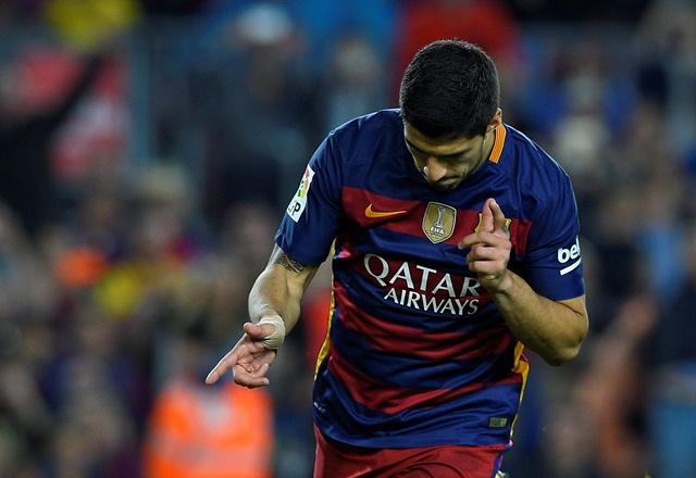 Suárez marcó su segundo póker en tan sólo una semana. (Foto Prensa Libre: AFP)