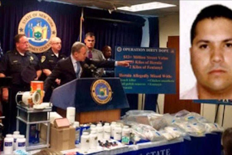 El FBI distribuyó una foto de Meza Flores y en donde se describen algunos de los rasgos del acusado. (EFE).