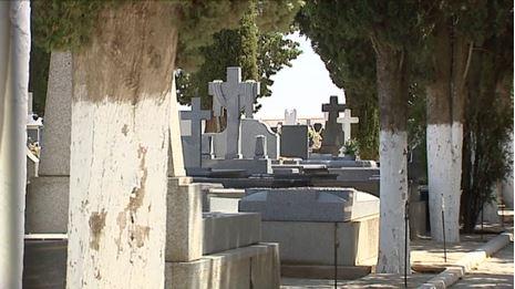 Cementerio de La Villa de don Fadrique, donde ocurrió el asesinato del bebé por parte de su madre. (Foto: El Mundo).