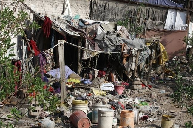 La pobreza afecta a millones en el mundo. (Foto: Hemeroteca PL).