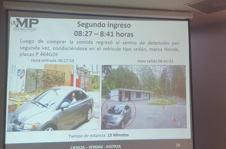 El abogado ingresó cinco veces en este automóvil el día de la fuga. (foto Prensa Libre:MP)