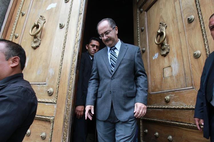 Pedro Muadi es señalado de beneficiarse con varias plazas fantasmas en el Congreso durante 2013, cuando fue presidente de ese organismo. (Foto Prensa Libre: Hemeroteca PL)