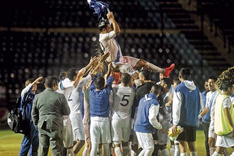 La Selección Nacional disputó su último partido el 6 de septiembre del 2016, en el cierre de la participación de la Azul y Blanco camino a Rusia 2018. (Foto Prensa Libre: Hemeroteca)