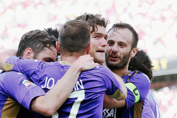 La Fiorentina quiere brillar en la Europa League. (Foto Prensa Libre: AP)