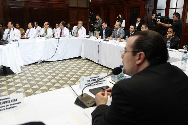 Diputados periódicamente citan a funcionarios para cuestionarles respecto a proyectos que dirigen, en muchas ocasiones hay ausencias. (Foto Prensa Libre: Hemeroteca PL)