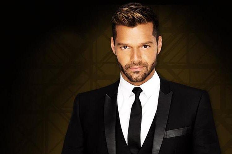 El cantante Ricky Martin tiene a su padre internado en un hospital. (Foto Prensa Libre: Hemeroteca PL)