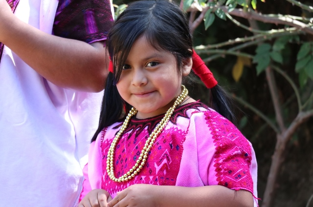 """Niña indígena de Chichicastenango, Quiché.&nbsp;<span style=""""font-size: 12px;"""">PRENSA LIBRE / HÉCTOR CORDERO</span>"""