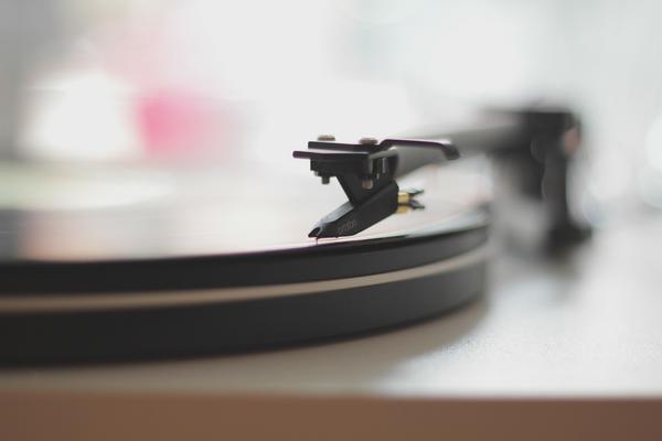 <p>Los discos de vinilo resisten a la invasión digital. (Foto Prensa Libre: Archivo)<br></p>