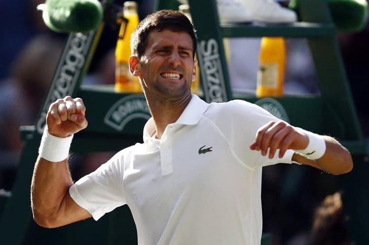 Djokovic continúa con su buen nivel en el tenis mundial. (Foto Prensa Libre: EFE)