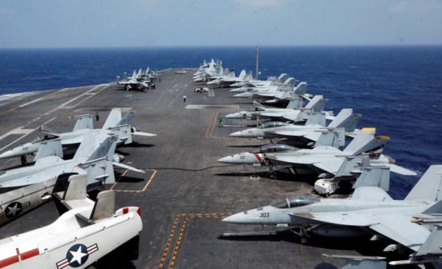 El portaaviones Carl Vinson tiene capacidad nuclear. (Foto Prensa Libre: Reuters)