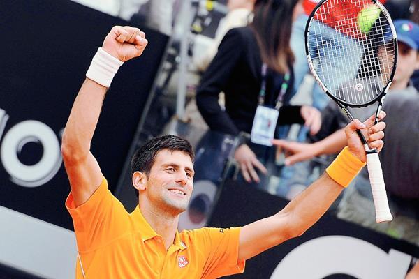 Djokovic busca un nuevo título para sumar a su palmarés. (Foto Prensa Libre: EFE)