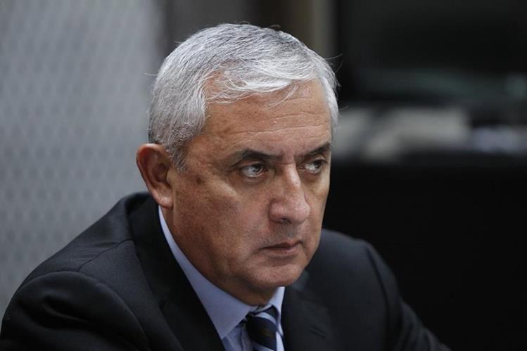 Otto Pérez podría declarar en el caso del Lago de Amatitlán, según orden del Juez. (Foto Prensa Libre: Hemeroteca PL)