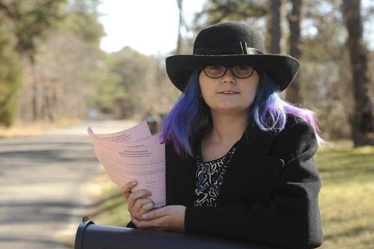 Autumn Blanchard está vetada para permanecer en propiedad privada. (Foto: Tomada de Cape Cod Times)