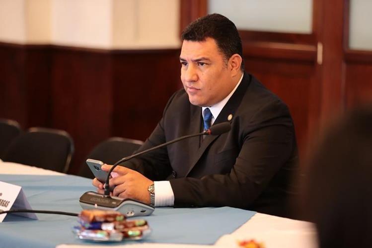 El ministro fue interpelado y cuestionado en el hemiciclo sobre el uso del helicóptero. (Foto Prensa Libre: Hemeroteca PL)