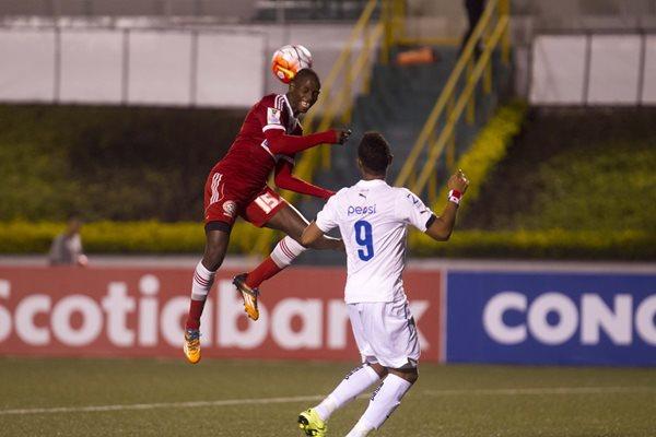 Comunicaciones perdió ante el tímido Central FC por 1-0, en condición de visita (Foto Prensa Libre: Hemeroteca PL)