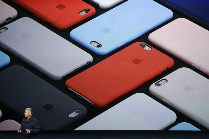 Los nuevos diseños tienen un cuerpo de aluminio y procesadores más poderosos. (Foto Prensa Libre: AP)