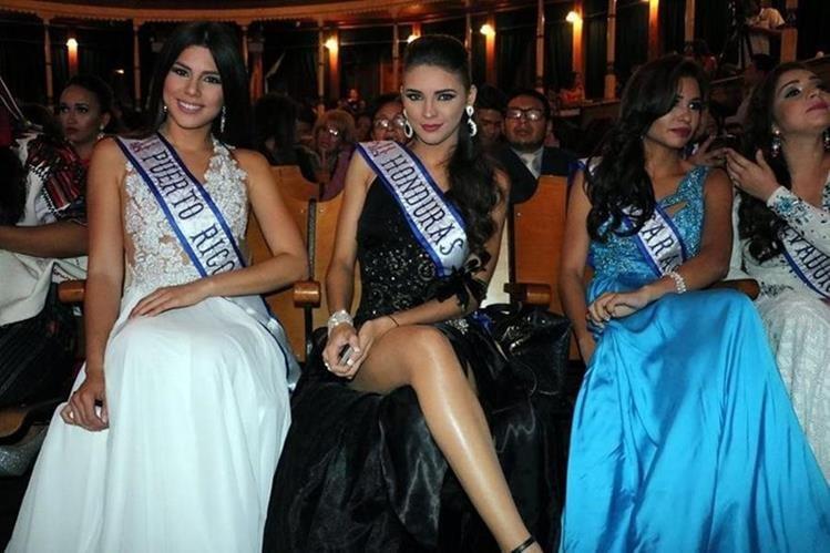 Reinas de belleza de Centroamérica, durante participaron en diversas actividades de la feria del año pasado. (Foto Prensa Libre: María José Longo)
