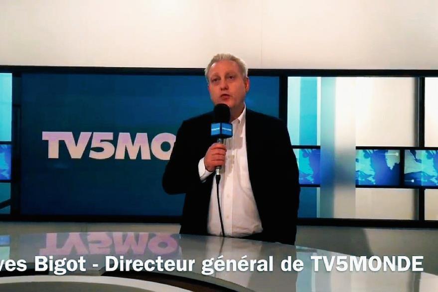 Yves Bigot, director de TV5Monde durante el anuncio del ciberataque. (Foto Prensa Libre: AFP).