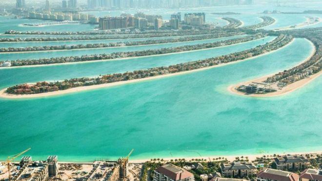 """Muchos países buscan expandirse usando tecnología que permite """"crear"""" tierra sobre el mar. ¿Pero a qué precio? (ISTOCK)"""
